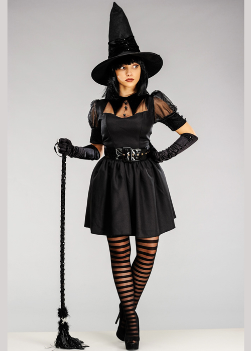 Resultado de imagem para witch costume